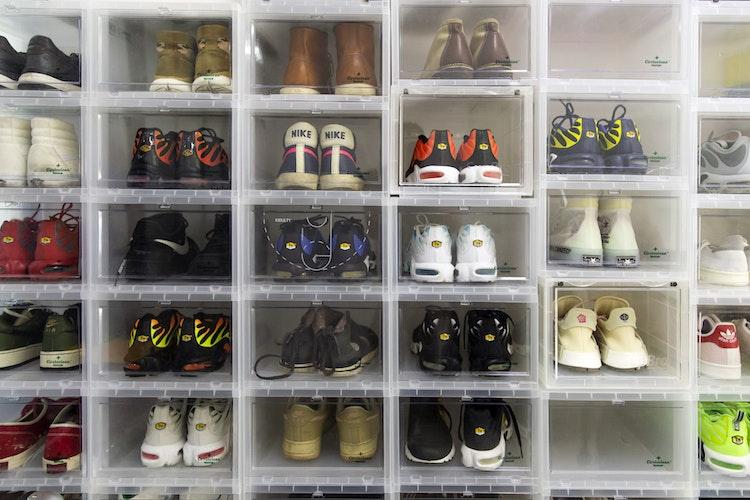 Chinas Sneakerheads Chase 6,600% Returns Flipping Air Jordans